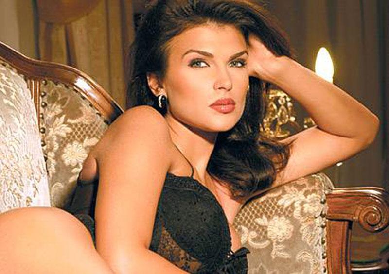 monica-birladeanu-24-ian-foto-Monica-Barladeanu-sexy