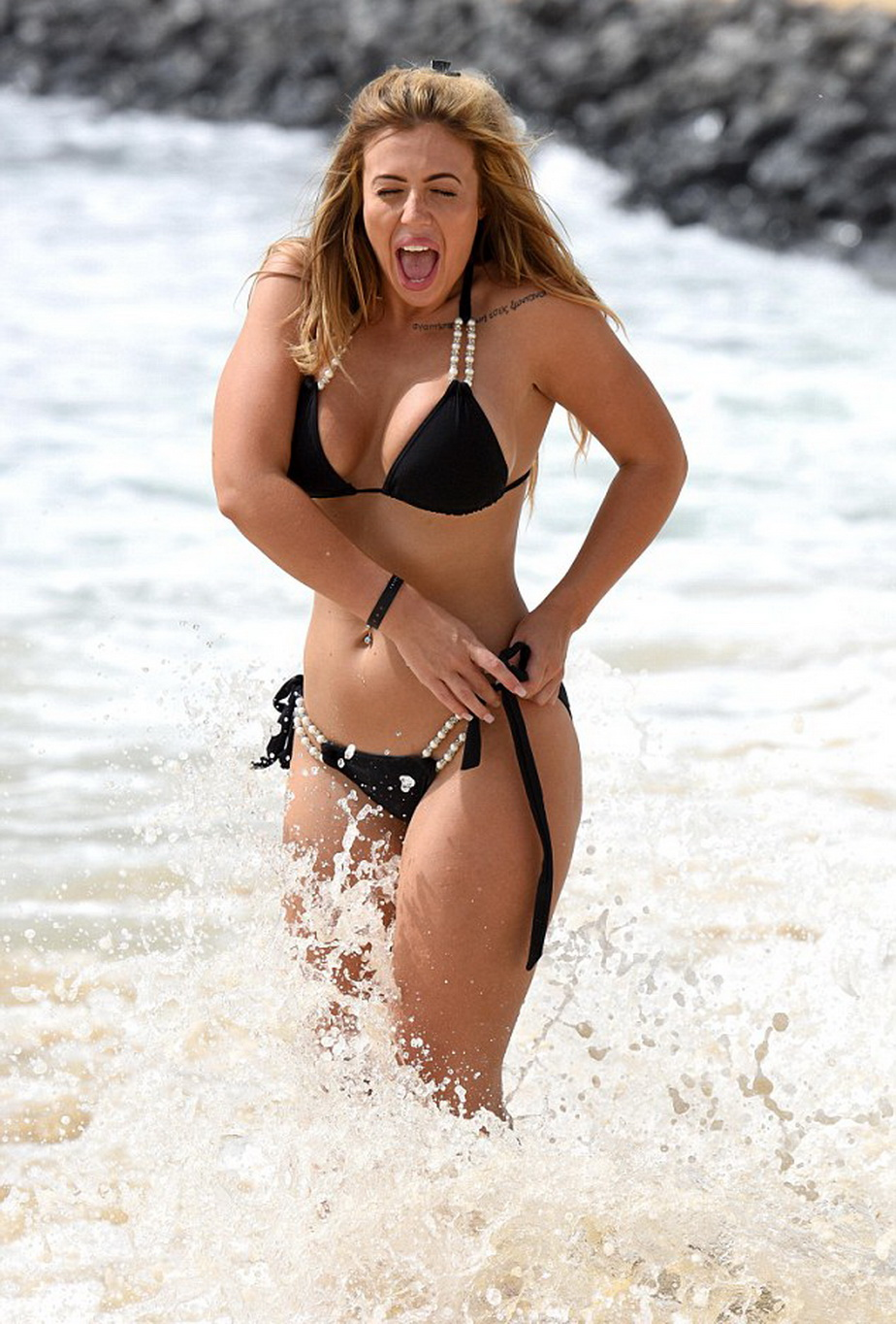 692743-holly-hagan2